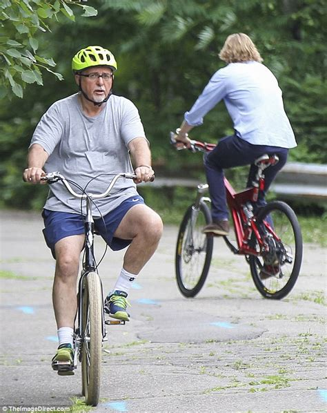 Owen Wilson Bikes To Clubs by Woody Harrelson Owen Wilson And Gabriel Ride Bikes