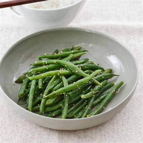 5 incredibly easy ways to dress up your thanksgiving green beans food wine