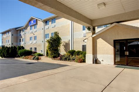 americas best value inn charles town compare deals americas best value inn suites st charles st louis 79 8 9 updated 2018 prices