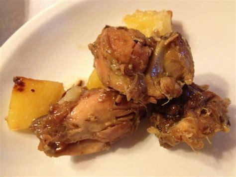 come si cucina il coniglio in padella la ricetta coniglio arrosto in padella con le patate
