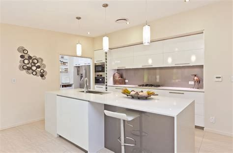 Greatest galley kitchen designs   Wanderpolo Decors