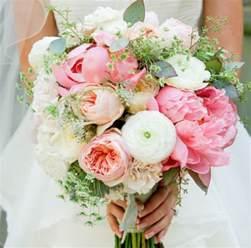 common types of wedding flowers