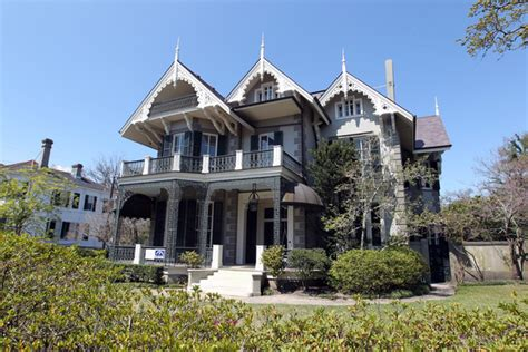 bullock buys new orleans home