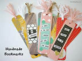 Handmade Book Marks - 16 easy and bookmark ideas tip junkie