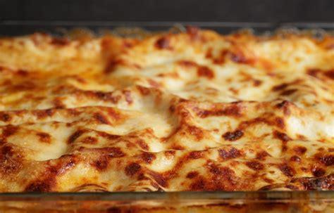 le ricette della cucina italiana lasagne alla bolognese storia e ricetta la cucina italiana