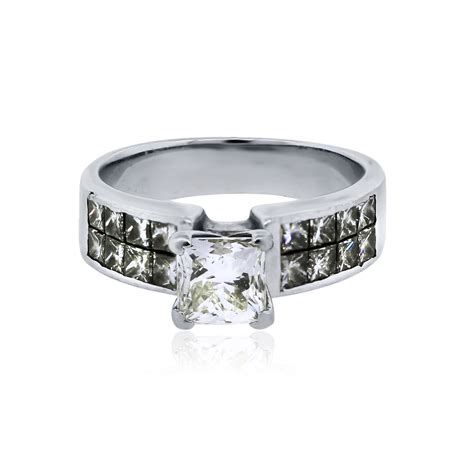 18k white gold 1ct princess cut engagement ring