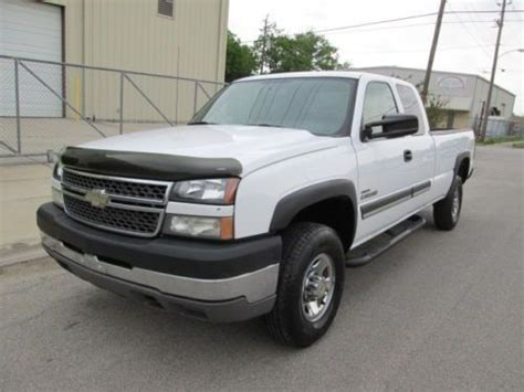 automobile air conditioning repair 2005 chevrolet silverado 2500 transmission control find used 2005 chevy silverado 2500 hd duramax diesel 6 6l ext cab 2wd in houston texas united