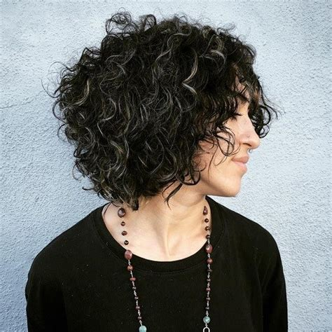 curly hair with grey highlights 40 different versions of curly bob hairstyle