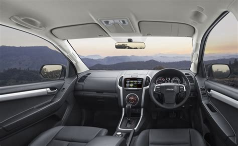 isuzu dmax interior 2018 isuzu d max interior copy car review central