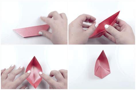 Fold Joss Paper Lotus Flower - modular origami lotus flower