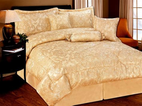 cream and gold bedding luxurious 7pcs quilted bed spread set comforter set melanie cream gold