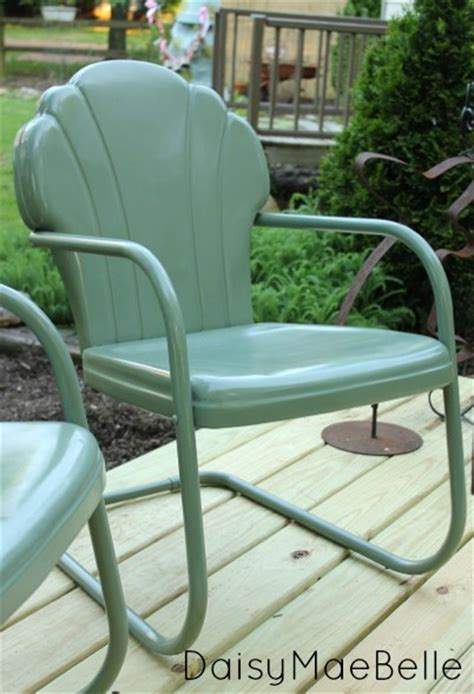 how to paint metal chairs daisymaebelle daisymaebelle
