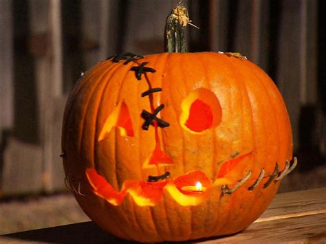 clever pumpkin 33 amazingly creative halloween pumpkin carving ideas