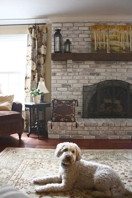 Change Color Of Brick Fireplace by 25 Best Ideas About White Wash Fireplace On