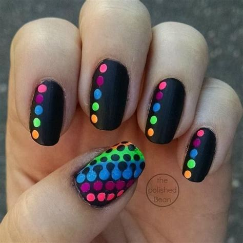 imagenes de uñas decoradas nuevos diseños 2015 m 225 s de 1000 ideas sobre dise 241 os de u 241 as con puntos en