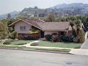brady bunch house  california ransacked  burglars