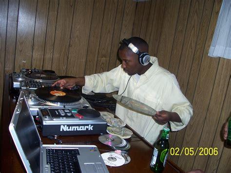 dj swing zimbo party central february 2006