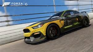 Forza motorsport 6 gets pair of halo 5 guardians inspired mustangs