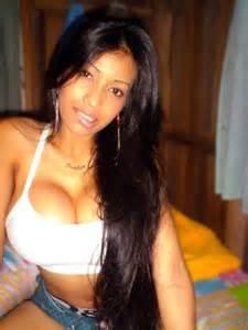 Latina woman hot selfie hot curvaceous women pinterest latinas