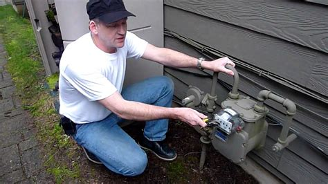 how to shut off gas to house how to shut off gas to your home youtube
