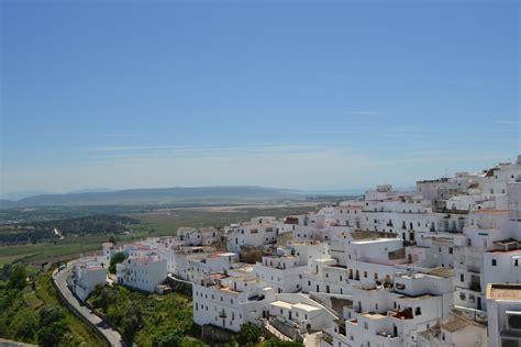 Santa In A Bathtub The 10 Most Beautiful Towns In C 225 Diz Spain
