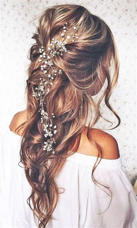 hair show in te oltre 25 fantastiche idee su acconciature da sposa capelli