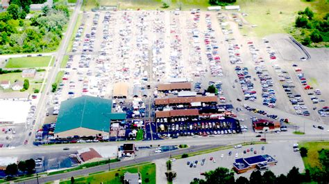 the space our flea market includes free electricity welcome to four seasons flea market and farm market 330 744 5050