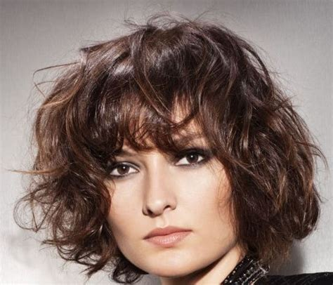 loki female hairstyle krotkie fryzury krecone wlosy loki galeria dla kobiet