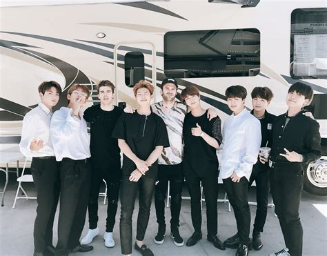 bts chainsmokers picture video bts with the chainsmokers 170522