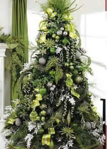 choosing a christmas tree theme style estate