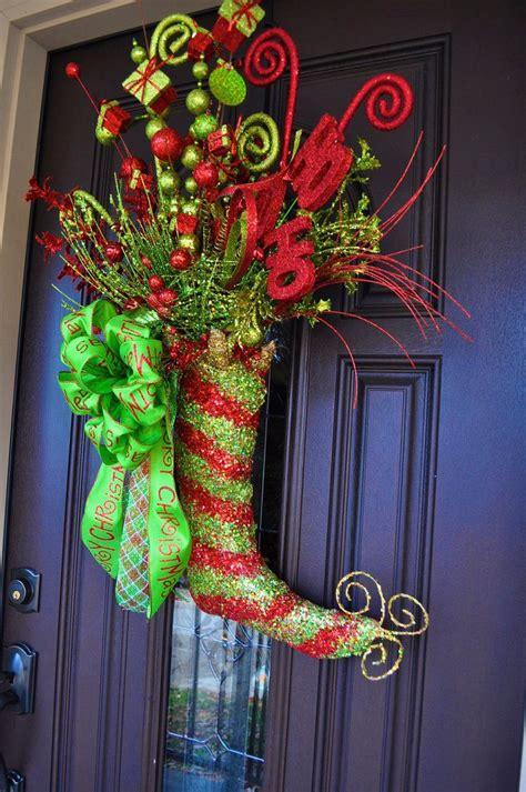 christmas wreath lighted whimsical whimsical wreath