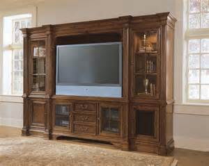 Patio Door Molding Universal Furniture Villa Cortina Entertainment Center By