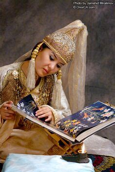 uzbek beauty uzbekistan has no idea who uzbek girl in traditional costume central asia travel