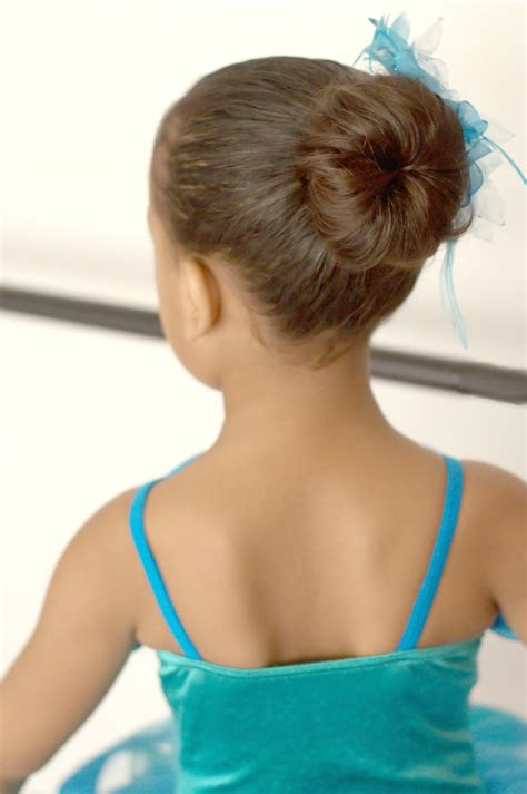 hair bun maker instructiins ballerina bun maker small 100 peruvian pima cotton