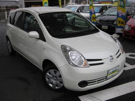2006 nissan note pictures