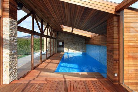 kleines schwimmbecken ein kleines schwimmbecken zenica bosnien und herzegowina