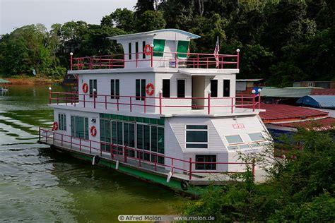 boat house royal belum house boat picture temenggor lake royal belum state park