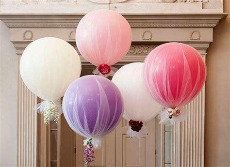 decorar con globos y telas arreglo de globos con tela decoracion para fiestas