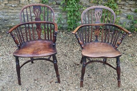 antique windsor bench two antique windsor chairs at 1stdibs
