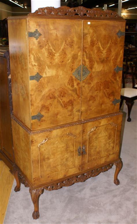 english burl walnut antique bar