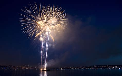 new year vancouver fireworks wallpaper blue canada firework vancouver hsbc