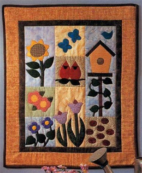 How To Make A Quilt Wall Hanging by 137 Best Bird And Birdhouse Quilts Images On