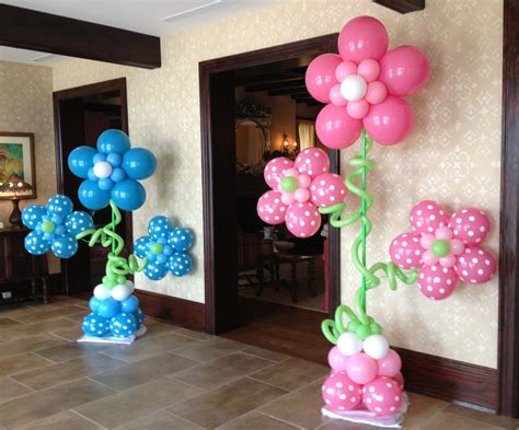Decoration With Balloons by Balloon Centerpieces Favors Ideas