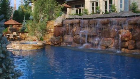 ridiculous house n pool home pinterest some rich oklahomans have ridiculous swimming pools the