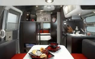 airstream interior design 15 cool mobile homes trailers interiors decoholic