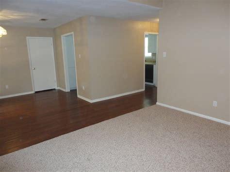 Flooring Huntsville Tx by Flooring By 22 Photos Flooring 5b Pine