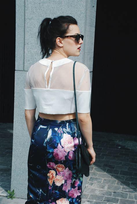 Debora Black Shirt Point One by Loud And Clear Girlsareweird