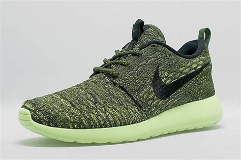 Kaos You Run Fly Nike nike roshe run flyknit sneakernews