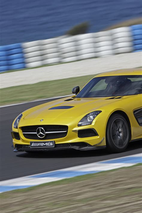 Sls Amg Black Series Specs by Mercedes Sls Amg Black Series Review Caradvice