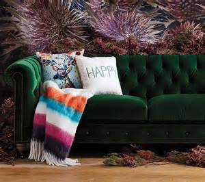 How To Upholster A Sofa Yourself 7 Tips Buying Vintage Home Decor House Of Hipsters